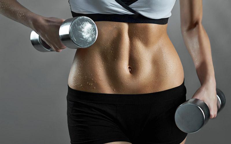 Hanteltraining für den Bauch – Tipps für Anfänger