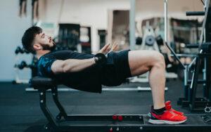 Hip Thrust – die Übung für einen knackigen Po